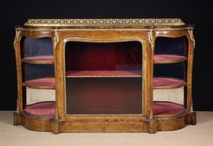 Lot 10 | Fine Furniture