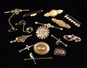 Lot 1 | Bijouterie & Cabinet Sale | Wilkinsons Auctioneers Doncaster