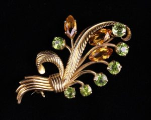 Lot 16 | Bijouterie & Cabinet Sale | Wilkinsons Auctioneers Doncaster