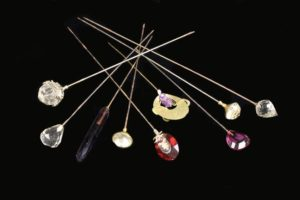 Lot 337 | Bijouterie & Cabinet Sale | Wilkinsons Auctioneers Doncaster