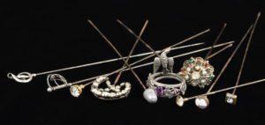 Lot 341 | Bijouterie & Cabinet Sale | Wilkinsons Auctioneers Doncaster