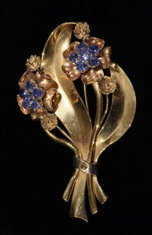 Lot 35 | Bijouterie & Cabinet Sale | Wilkinsons Auctioneers Doncaster