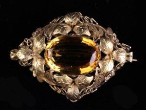 Lot 40 | Bijouterie & Cabinet Sale | Wilkinsons Auctioneers Doncaster