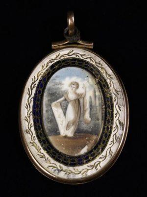 Lot 45 | Bijouterie & Cabinet Sale | Wilkinsons Auctioneers Doncaster