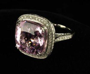Lot 46 | Bijouterie & Cabinet Sale | Wilkinsons Auctioneers Doncaster