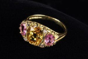 Lot 47 | Bijouterie & Cabinet Sale | Wilkinsons Auctioneers Doncaster
