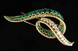 Lot 53 | Bijouterie & Cabinet Sale | Wilkinsons Auctioneers Doncaster