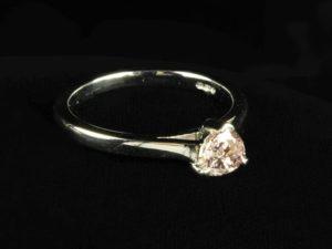 Lot 67 | Bijouterie & Cabinet Sale | Wilkinsons Auctioneers Doncaster