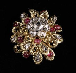 Lot 71 | Bijouterie & Cabinet Sale | Wilkinsons Auctioneers Doncaster