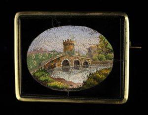 Lot 81 | Bijouterie & Cabinet Sale | Wilkinsons Auctioneers Doncaster