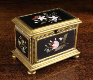 Lot 84   Bijouterie & Cabinet Sale   Wilkinsons Auctioneers Doncaster
