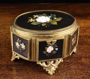 Lot 85   Bijouterie & Cabinet Sale   Wilkinsons Auctioneers Doncaster