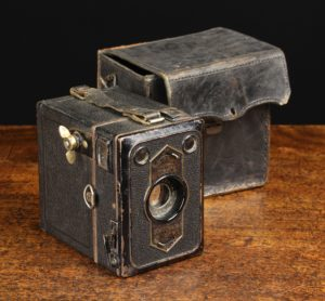 Lot 115   Antique Cameras & Vintage Trains Sale   Wilkinsons Auctioneers Doncaster