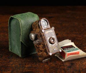 Lot 124 | Antique Cameras & Vintage Trains Sale | Wilkinsons Auctioneers Doncaster