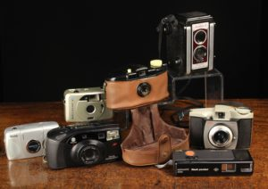 Lot 175   Antique Cameras & Vintage Trains Sale   Wilkinsons Auctioneers Doncaster