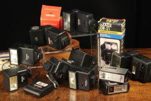 Lot 184   Antique Cameras & Vintage Trains Sale   Wilkinsons Auctioneers Doncaster