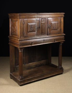 Lot 561 | Period Oak & Country Furniture Dec 20 | Wilkinsons Auctioneers Doncaster
