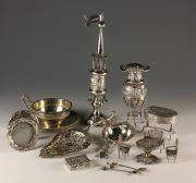 Lot 26 | Fine Furniture, Decorative Items and Effects | Wilkinson's Auctioneers