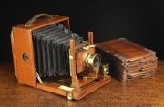 Lot 103 | Two Private Collections; Vintage Cameras and Wrenn Model Trains  | Wilkinson's Auctioneers