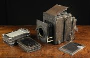 Lot 105 | Two Private Collections; Vintage Cameras and Wrenn Model Trains  | Wilkinson's Auctioneers