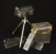 Lot 113 | Two Private Collections; Vintage Cameras and Wrenn Model Trains  | Wilkinson's Auctioneers