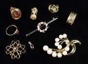 Lot 2 | Bijouterie and Cabinet Sale | Wilkinson's Auctioneers